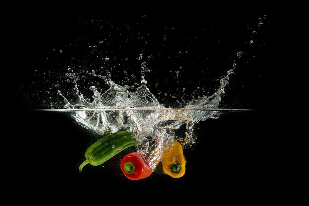Jak przygotować bogate w witaminy koktajle owocowe i warzywne?